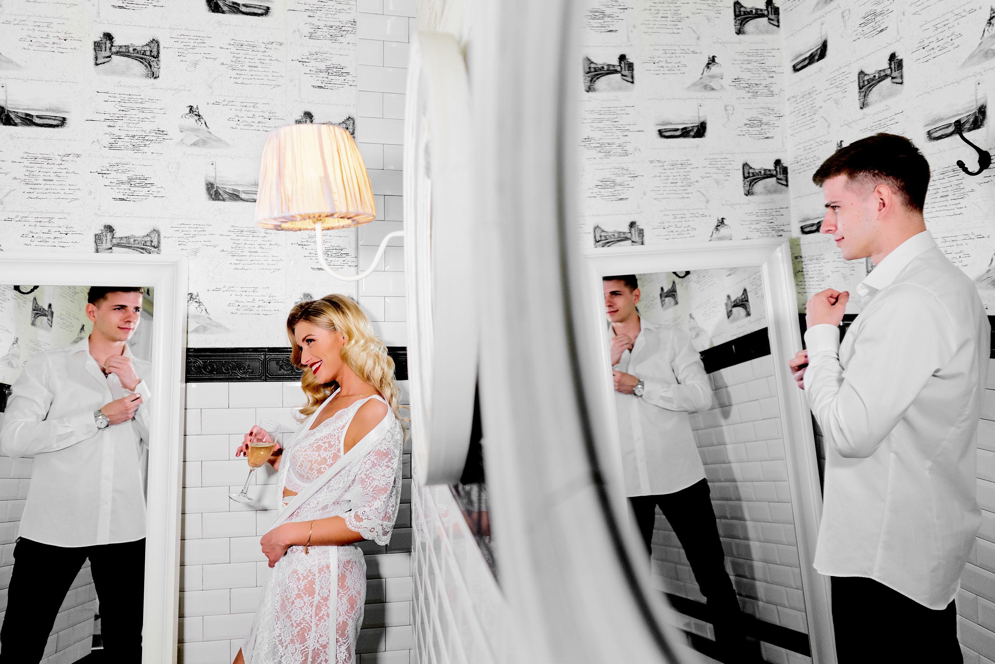 Утро жениха и невесты, совместные сборы, свадебный фотограф спб