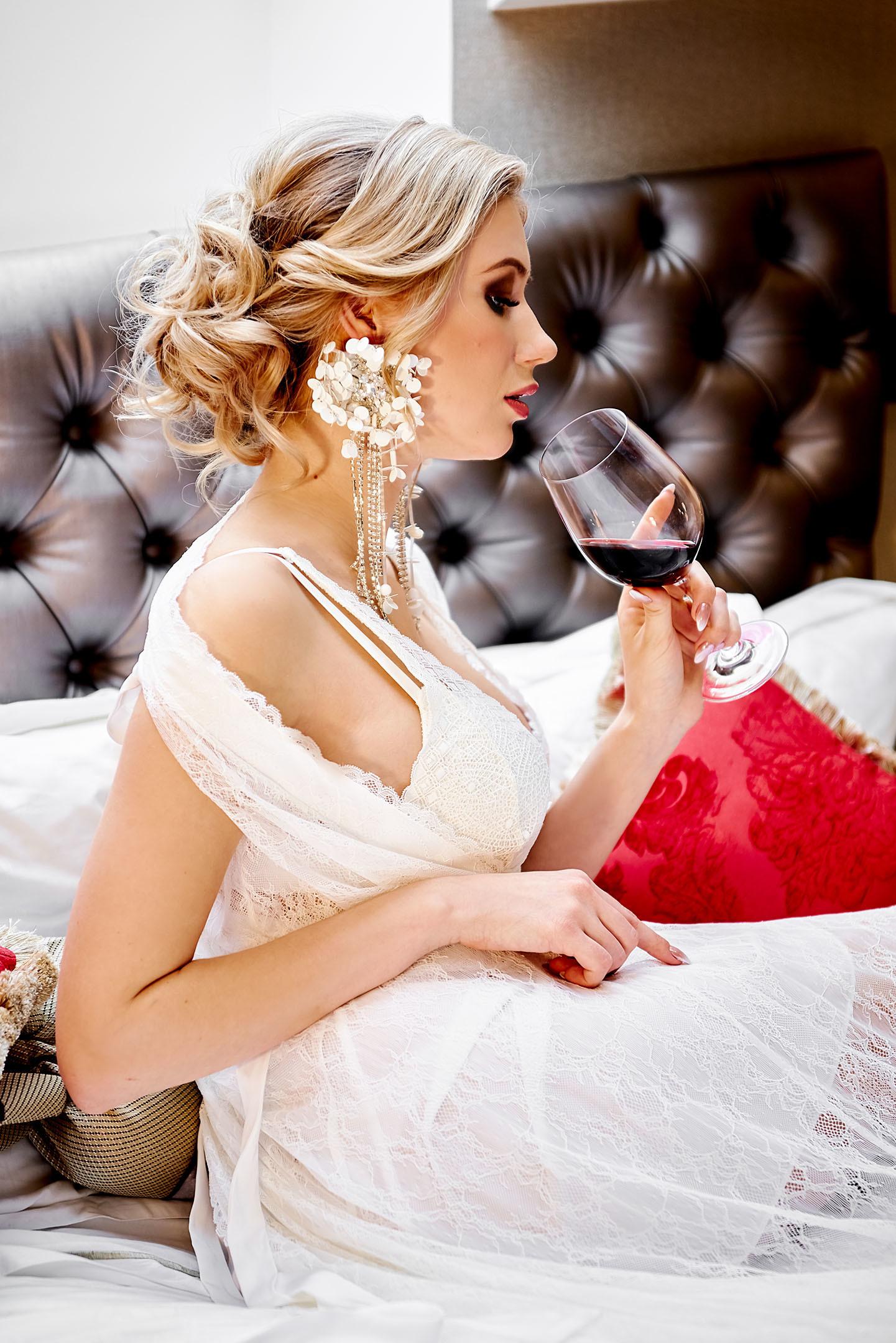 Свадебная фотосессия в отеле Маджестик (Majestic Boutique Hotel Deluxe)