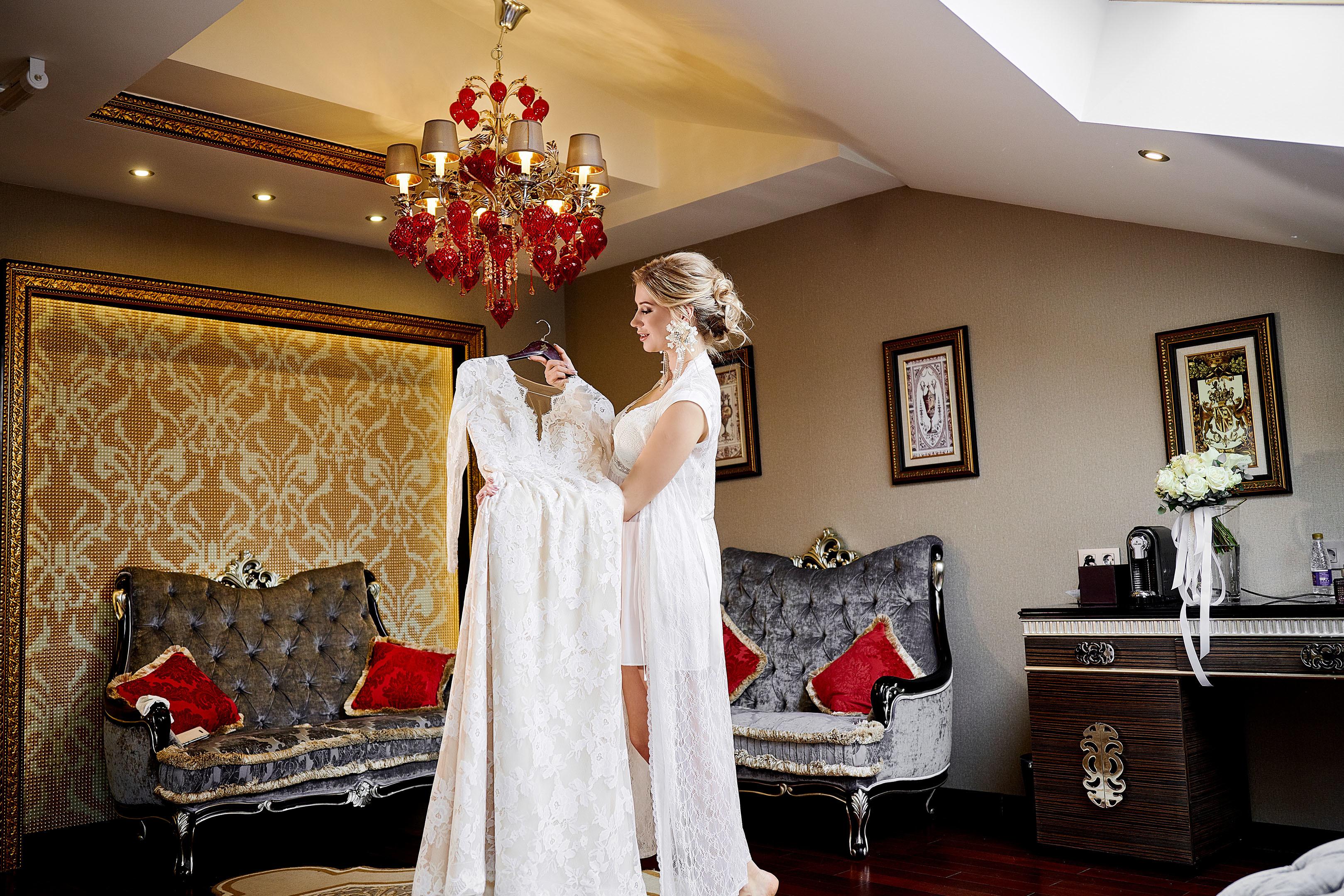 Утро невесты я в отеле Маджестик (Majestic Boutique Hotel Deluxe), платье невесты