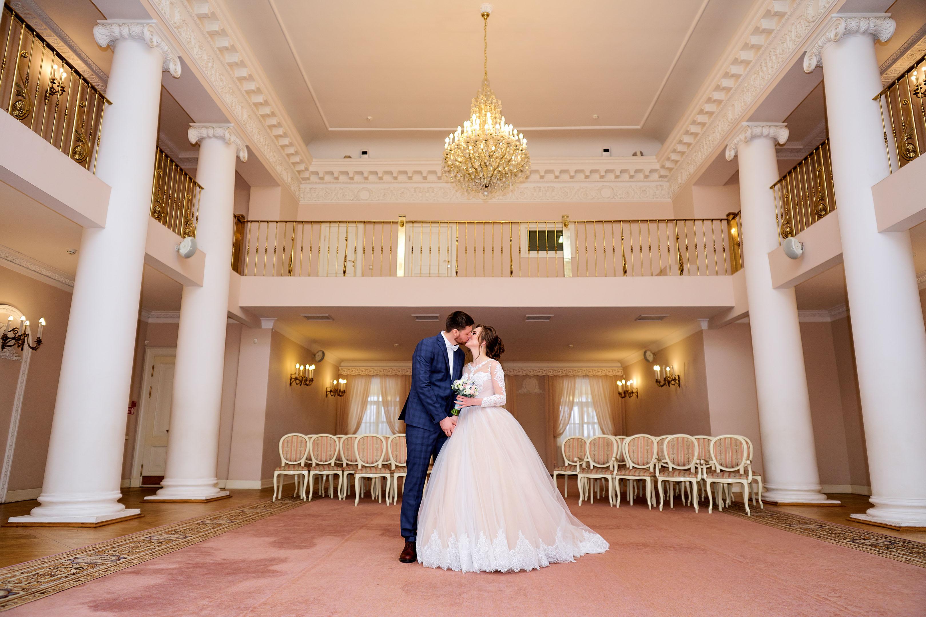 Торжественная регистрация, Дворец Бракосочетания №3, большой зал, свадебный фотограф в Пушкине