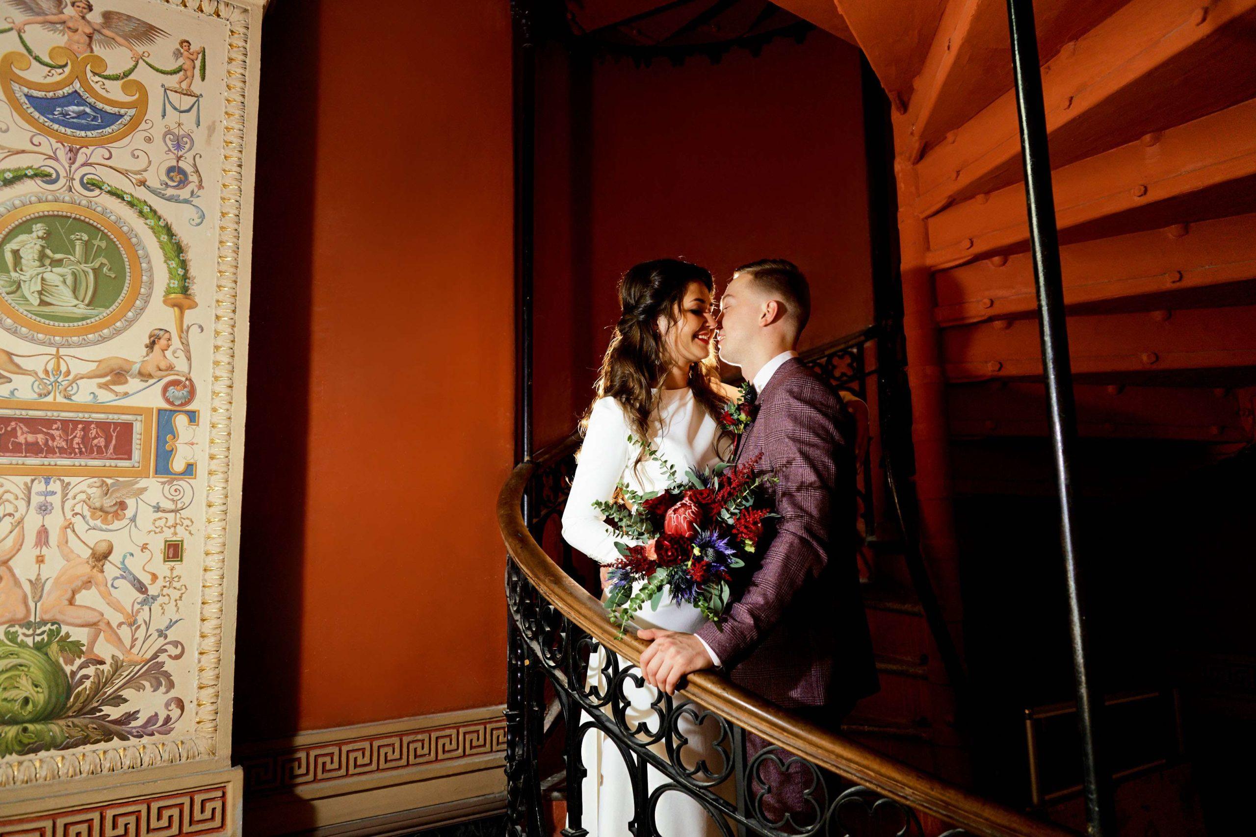 Свадебная фотосессия в Академии Штиглица, Мухинское училище