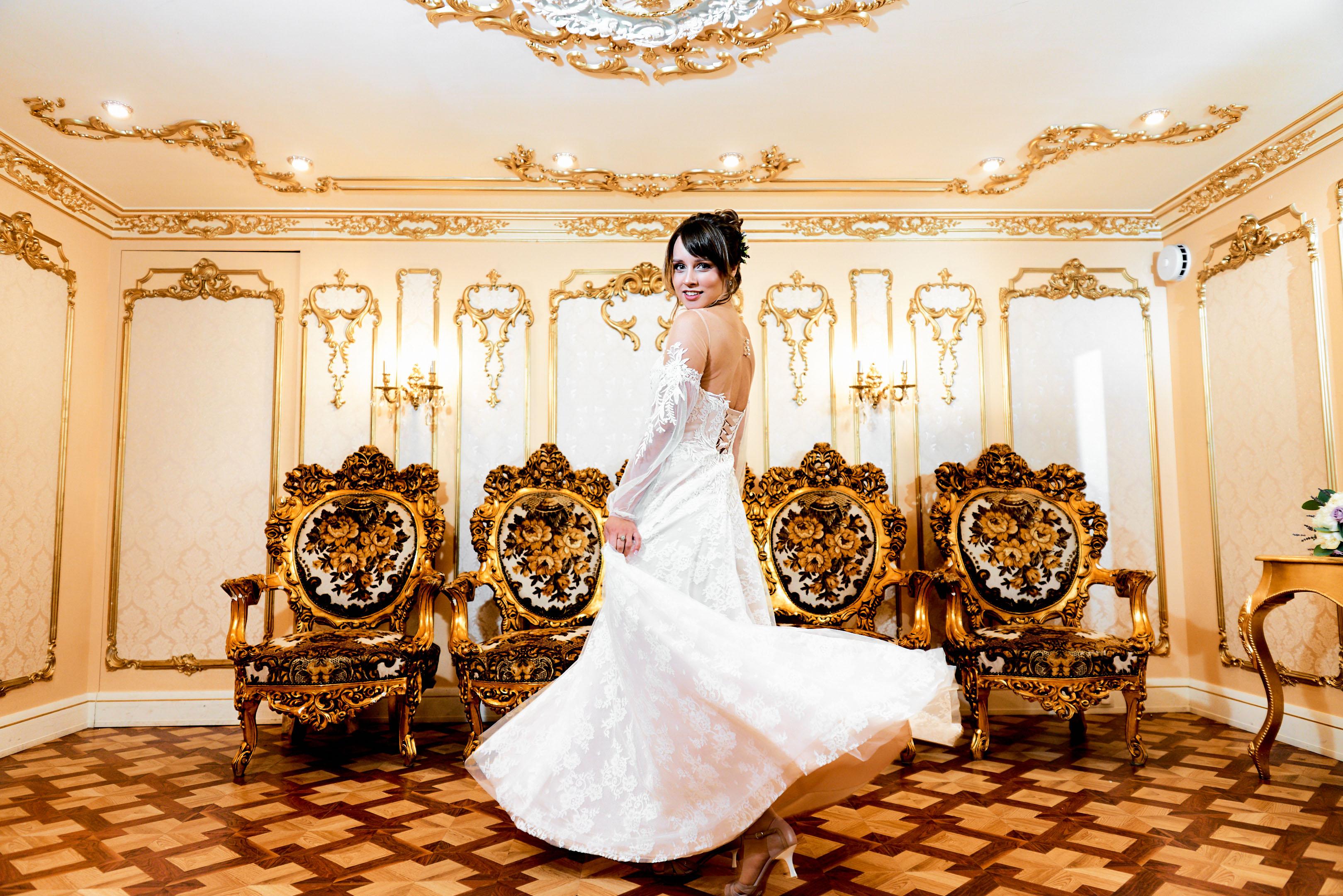 Свадебная фотосессия в фотостудии