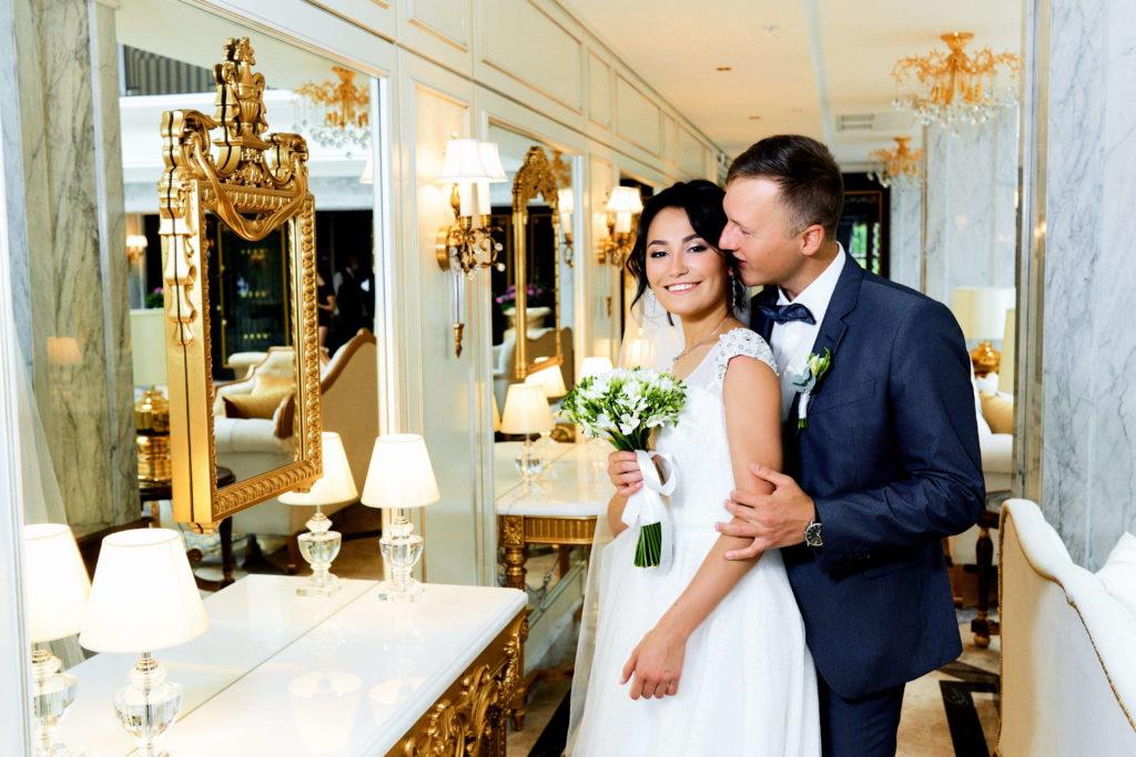 Свадебная фотосессия в отеле Tsar Palace в Пушкине