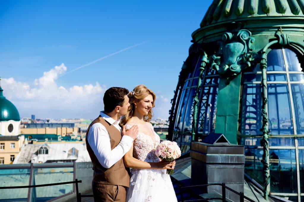 Свадебная фотосессия на крыше Зингера